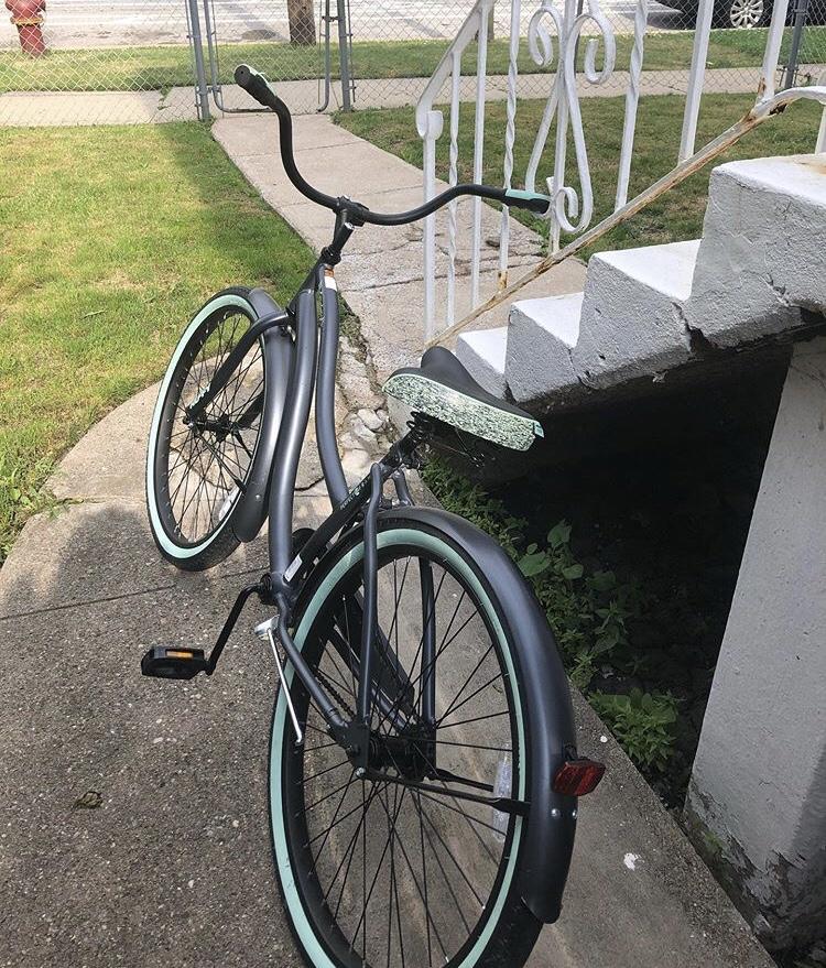 🚴🏾♀️ Bike isLife.